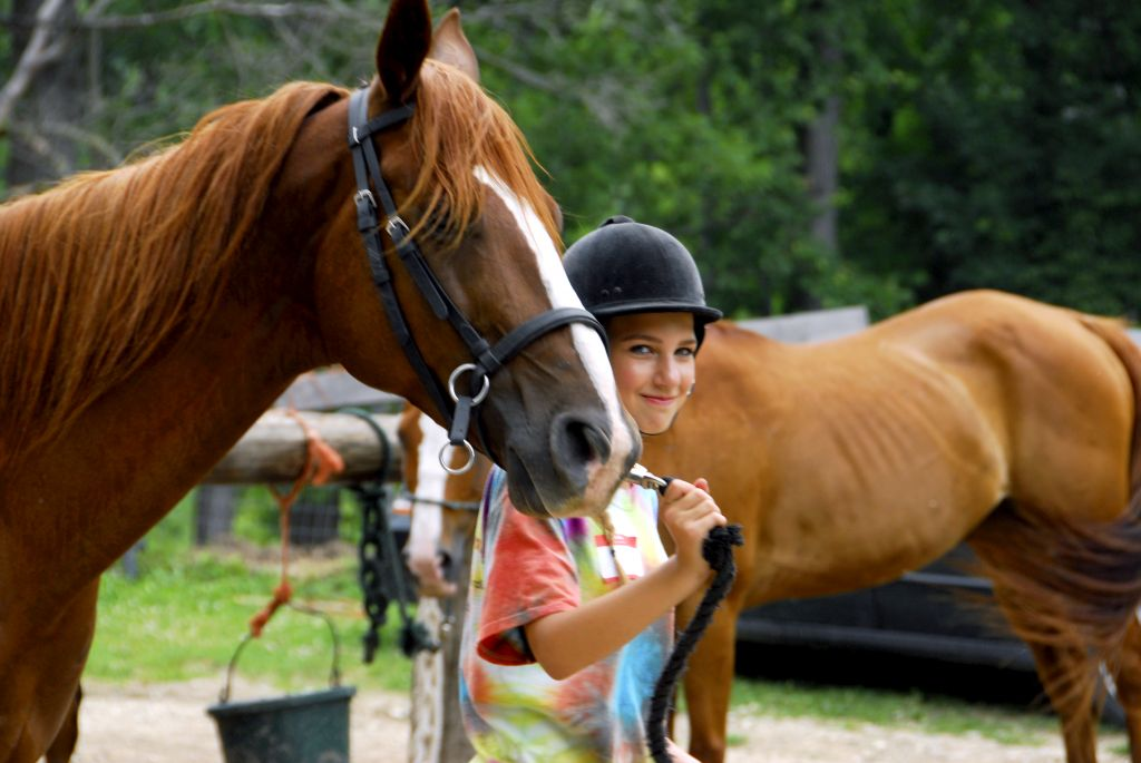 31421928973equestrian-camp-girls-4.jpg